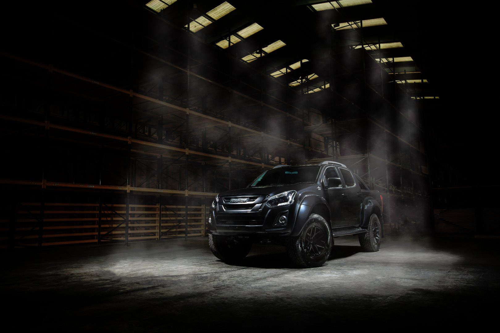 STEALTH BREAKS COVER AT THE CV SHOW 2018